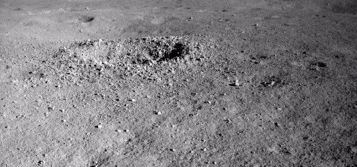 Pesawat Penjelajah China Temukan 'Gel Misterius' di Sisi Gelap Bulan