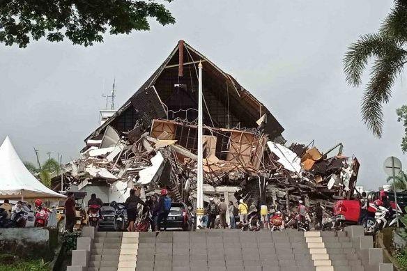 Gempa Majene