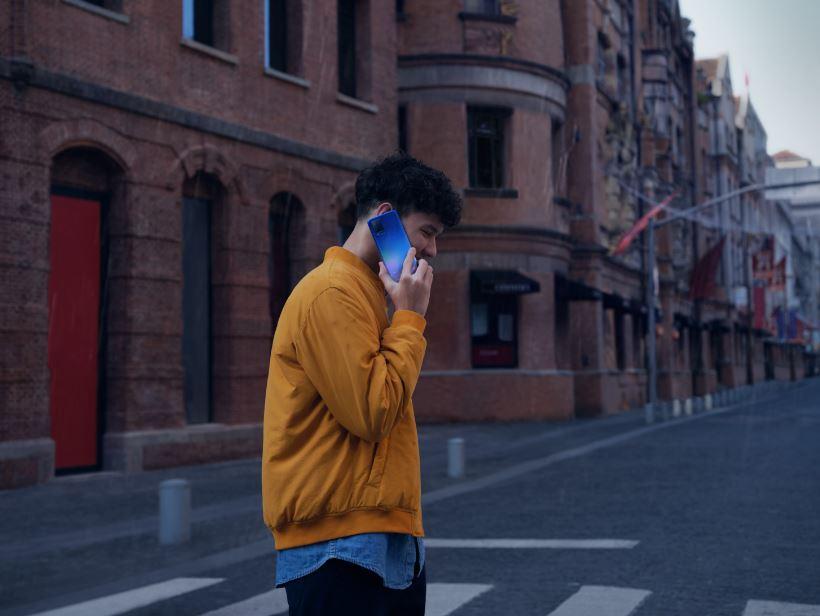 Smartphone Anak Muda